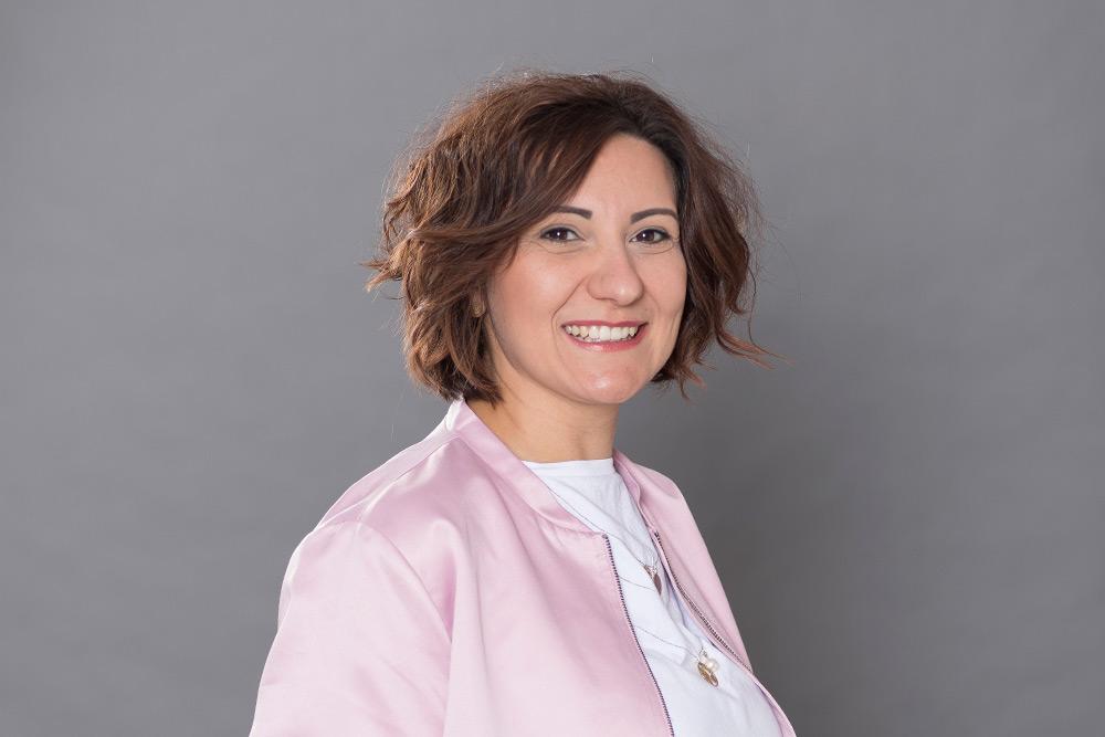 Diana D'Amelio Friseur Stile Libero Neckarhausen